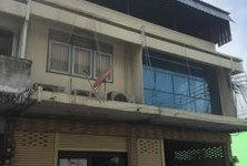 For Sale 4 Beds Shophouse in Mueang Chon Buri, Chonburi, Thailand