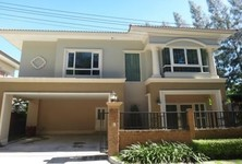 For Sale or Rent 4 Beds Shophouse in Si Racha, Chonburi, Thailand