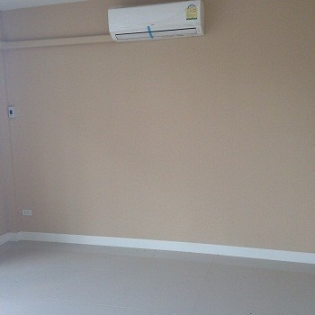 Продажа: Офис с 4 спальнями в районе Khlong Luang, Pathum Thani, Таиланд | Ref. TH-TRYJYMKR