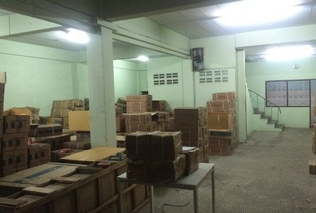 For Rent Warehouse 300 sqm in Pak Kret, Nonthaburi, Thailand