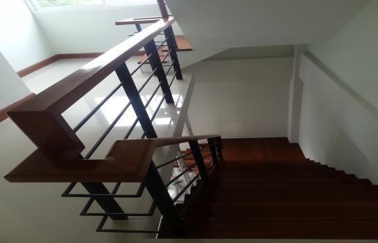 Продажа или аренда: Офис с 4 спальнями в районе Lat Phrao, Bangkok, Таиланд | Ref. TH-CBKOFAZR