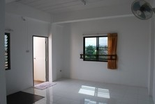 For Rent Apartment Complex 12 sqm in Si Racha, Chonburi, Thailand