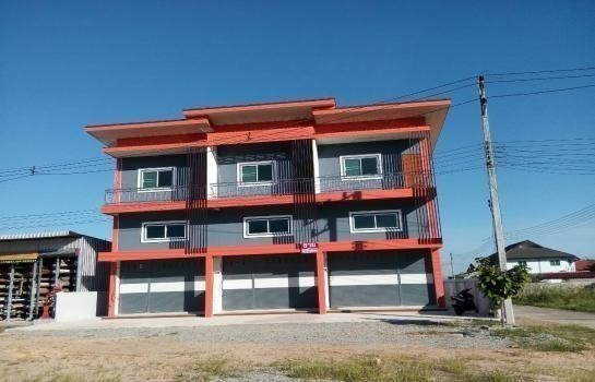 Продажа: Шопхаус с 2 спальнями в районе Mae Sai, Chiang Rai, Таиланд | Ref. TH-NJZXEVZL