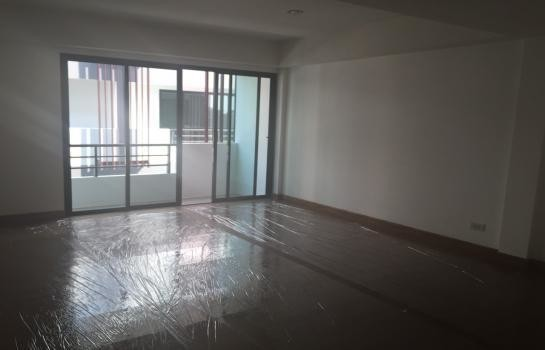 For Rent 3 Beds Office in Mueang Chiang Mai, Chiang Mai, Thailand | Ref. TH-JZFGXIIA
