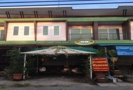 For Sale 2 Beds Shophouse in Mueang Chiang Rai, Chiang Rai, Thailand