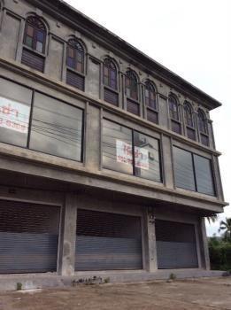 ให้เช่า อาคารพาณิชย์ 2 ห้องนอน เมืองภูเก็ต ภูเก็ต   Ref. TH-RLLSQCTG