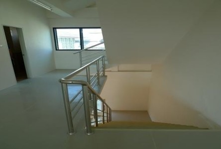 For Sale 1 Bed Shophouse in Bang Lamung, Chonburi, Thailand