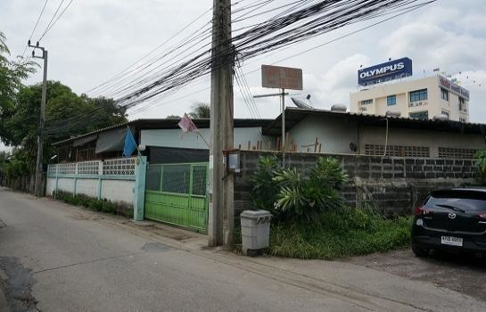 For Sale Warehouse 100 sqwa in Lat Phrao, Bangkok, Thailand | Ref. TH-CFSYDEBZ