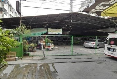 For Rent Warehouse 200 sqwa in Khlong Toei, Bangkok, Thailand