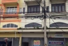 For Sale or Rent 3 Beds Shophouse in Mueang Nakhon Pathom, Nakhon Pathom, Thailand
