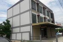 For Rent Shophouse 28 sqwa in Mueang Chiang Mai, Chiang Mai, Thailand