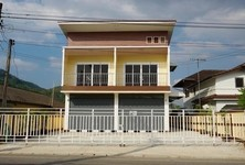 For Rent 3 Beds Shophouse in Mae Sai, Chiang Rai, Thailand