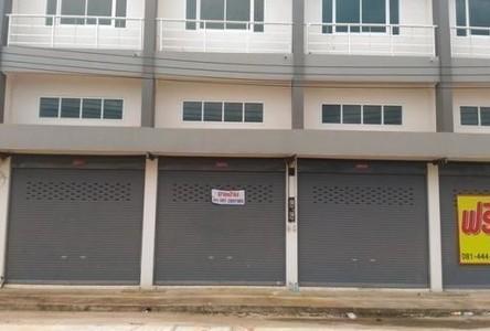 Продажа: Шопхаус с 3 спальнями в районе Mueang Phitsanulok, Phitsanulok, Таиланд