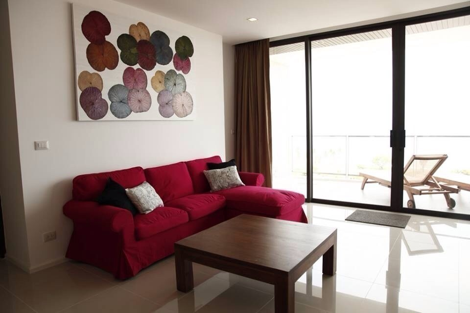 For Sale or Rent 3 Beds Condo in Klaeng, Rayong, Thailand | Ref. TH-IECAADIU