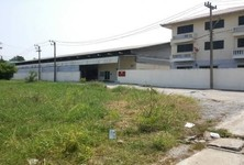 For Sale Warehouse 2 rai in Sam Khok, Pathum Thani, Thailand