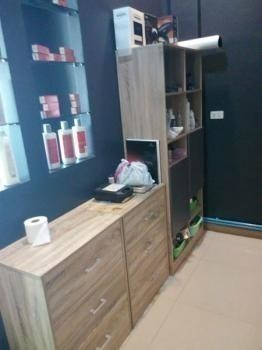 For Sale or Rent 2 Beds Shophouse in Mueang Chiang Mai, Chiang Mai, Thailand | Ref. TH-WJPZUSXL