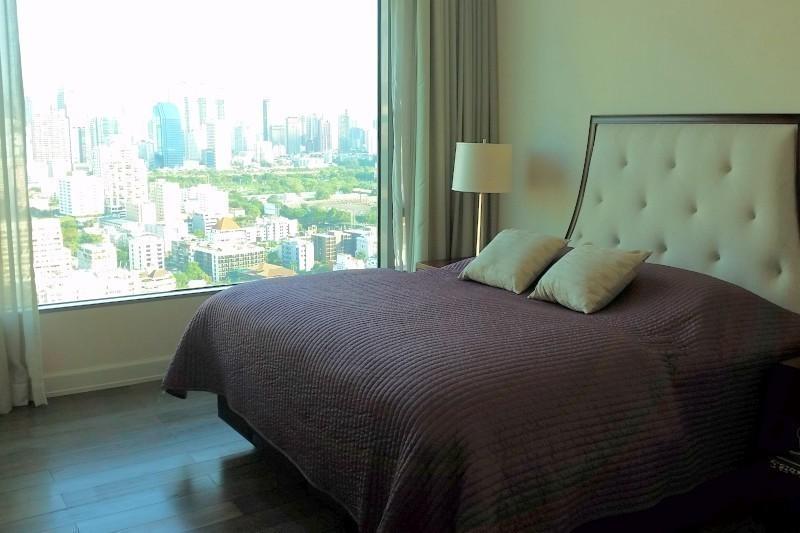 Oriental Residence - Продажа: Кондо с 2 спальнями возле станции BTS Phloen Chit, Bangkok, Таиланд | Ref. TH-AYUJCOTY