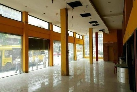 For Sale or Rent Office 1,600 sqm in Din Daeng, Bangkok, Thailand