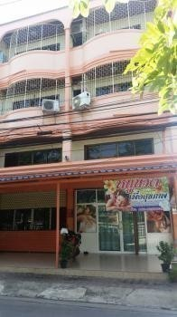 For Sale 17 Beds Shophouse in Mueang Suphanburi, Suphan Buri, Thailand | Ref. TH-QGEZTJHS