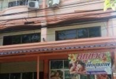 For Sale 17 Beds Shophouse in Mueang Suphanburi, Suphan Buri, Thailand