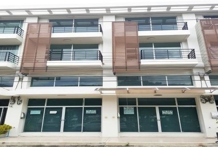 For Sale Shophouse 72 sqwa in Thung Khru, Bangkok, Thailand
