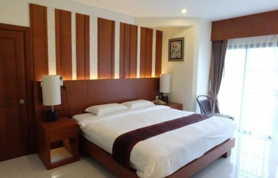 For Sale or Rent Apartment Complex 1 rooms in Thalang, Phuket, Thailand | Ref. TH-WGGQGAXN
