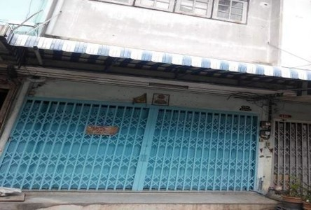 For Rent 4 Beds Shophouse in Thon Buri, Bangkok, Thailand