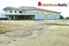 For Sale Warehouse 5 rai in Phutthamonthon, Nakhon Pathom, Thailand