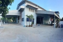 For Rent Warehouse 225 sqwa in Phra Khanong, Bangkok, Thailand