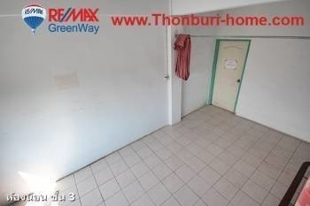 For Sale 2 Beds Shophouse in Bang Khun Thian, Bangkok, Thailand | Ref. TH-KIFHBERK