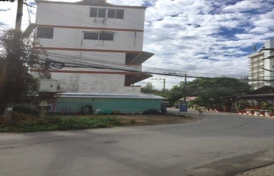 For Sale Apartment Complex 18 rooms in Mueang Chiang Mai, Chiang Mai, Thailand | Ref. TH-PVIHJGMN