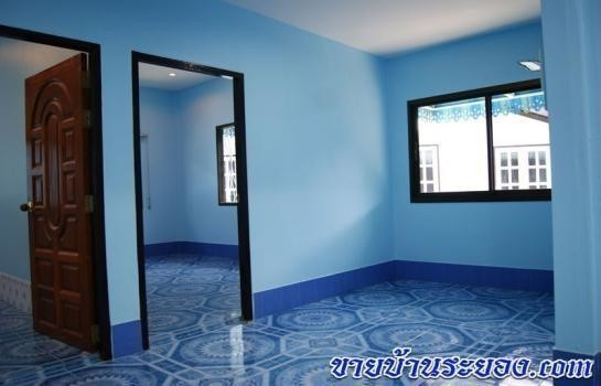 For Sale 3 Beds 一戸建て in Mueang Rayong, Rayong, Thailand | Ref. TH-ERCXLNGD