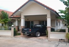 For Sale or Rent 2 Beds 一戸建て in Mueang Prachinburi, Prachin Buri, Thailand