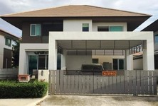For Sale or Rent 3 Beds 一戸建て in Mueang Chachoengsao, Chachoengsao, Thailand