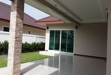 For Sale 2 Beds 一戸建て in Cha Am, Phetchaburi, Thailand