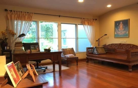 For Sale 6 Beds House in Bang Phli, Samut Prakan, Thailand | Ref. TH-CMKBIEEE