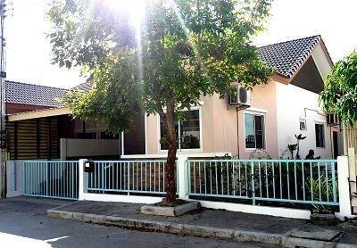 For Sale 2 Beds 一戸建て in Thanyaburi, Pathum Thani, Thailand   Ref. TH-FDMMUOCE