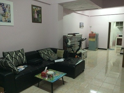 For Sale 2 Beds Townhouse in Si Racha, Chonburi, Thailand | Ref. TH-UBWEAXNQ