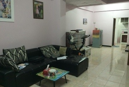 For Sale 2 Beds タウンハウス in Si Racha, Chonburi, Thailand
