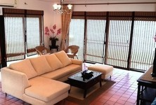 For Sale 3 Beds 一戸建て in Bang Pakong, Chachoengsao, Thailand