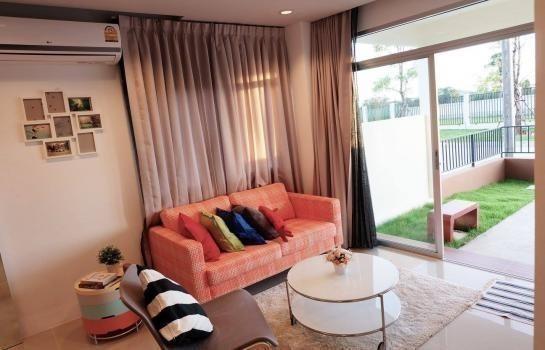 ขาย ทาวน์เฮ้าส์ 3 ห้องนอน ศรีราชา ชลบุรี | Ref. TH-RCOTYERI