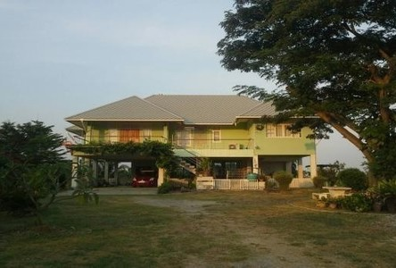 For Sale 3 Beds House in Mueang Phetchaburi, Phetchaburi, Thailand
