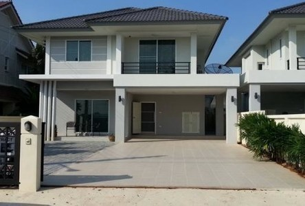 For Rent 3 Beds House in Bang Lamung, Chonburi, Thailand