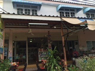For Rent 4 Beds 一戸建て in Mueang Nakhon Ratchasima, Nakhon Ratchasima, Thailand   Ref. TH-DHPYSVXW