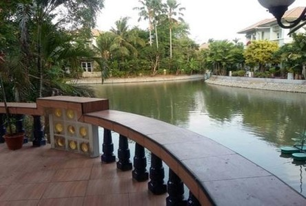 For Sale 7 Beds House in Khlong Sam Wa, Bangkok, Thailand