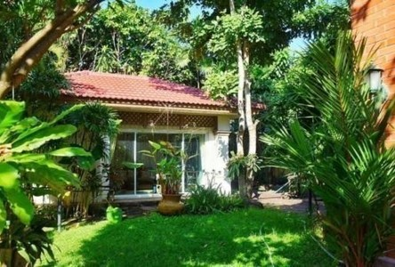 For Sale 4 Beds House in Bueng Kum, Bangkok, Thailand
