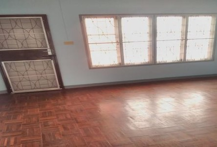For Sale 2 Beds タウンハウス in Bang Bua Thong, Nonthaburi, Thailand