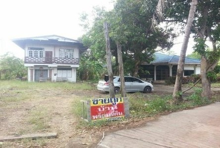 For Sale 2 Beds 一戸建て in Tap Khlo, Phichit, Thailand