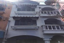 For Rent 4 Beds Townhouse in Mueang Samut Prakan, Samut Prakan, Thailand