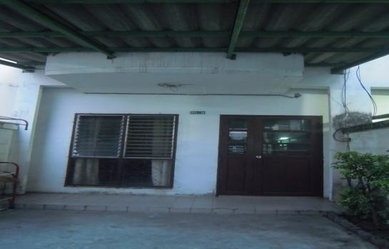 For Rent 2 Beds タウンハウス in Si Racha, Chonburi, Thailand | Ref. TH-QNDYZRTP